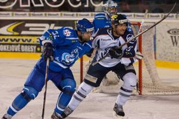 Sťahuje sa do Dánska. Tomáš Nádašdi (vľavo) bude hrávať v drese AaB Aalborg.