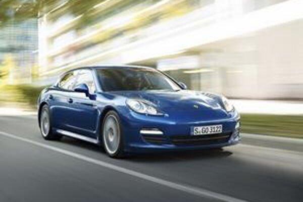 Porsche Panamera S Hybrid. Panamera s hybridným pohonom bude mať svetovú premiéru na ženevskom autosalóne.