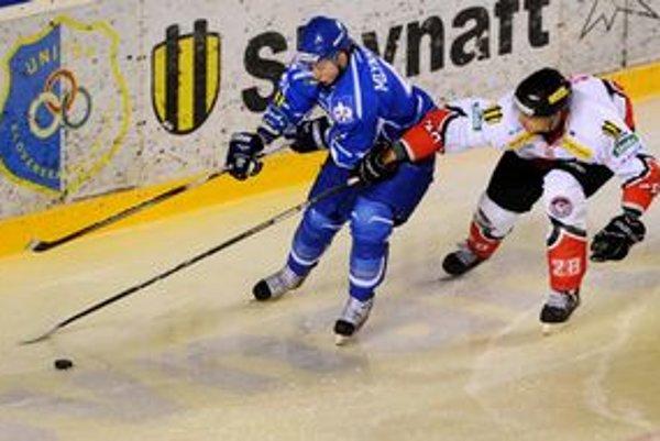 Samuel Mlynarovič (vľavo) dal druhý popradský gól.
