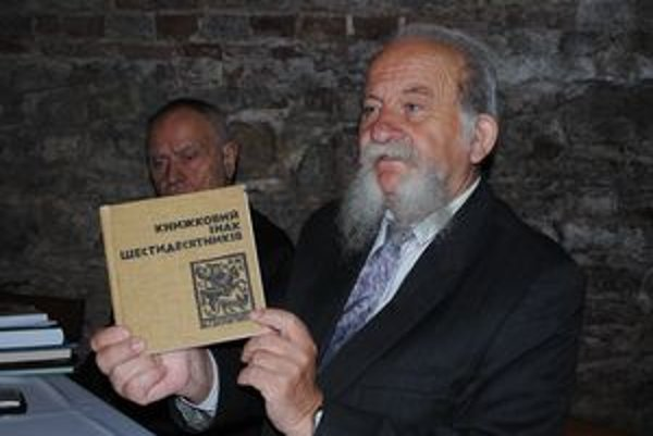 """Zakázaná kniha. M. Mušinka alias Viruk s publikáciou o ukrajinských """"šesťdesiatnikoch""""."""
