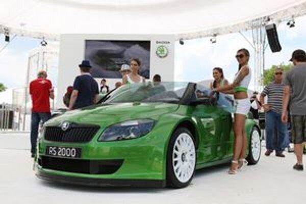 Škoda Fabia RS 2000. Štúdia roadstera na báze fabie predstavila škodovka na jubilejnom stretnutí GTI v Rakúsku.