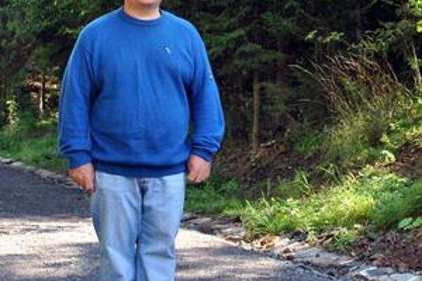 Marián sa najuvoľnenejšie cíti v prírode, kde je ticho a pokoj. Behaním sa mu nedávno podarilo zo 150 kíl schudnúť na 105.