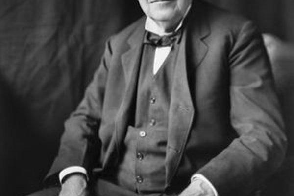 Thomas Alva Edison. Edison má na svojom konte vyše tisíc patentov.