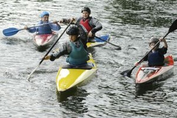 Mladí adepti vodných športov by sa mohli na Hornáde pri košickej Aničke dočkať lepších podmienok.