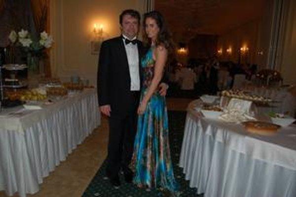 Manželia Tkáčovci. Takto spolu ladili na plese vo Vysokých Tatrách.