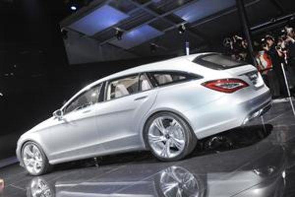 Mercedes-Benz Shooting break. Zadná časť pripomína kombi. Štúdia naznačuje, ako by mohol vyzerať model CLS novej generácie.