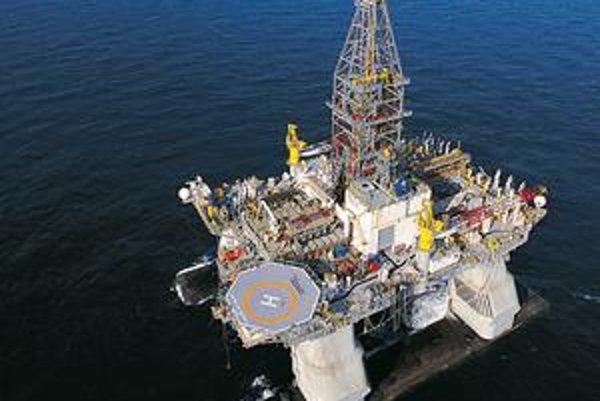 Plošina Deepwater Horizon. Z tejto plošiny bol vykonaný najhlbší morský vrt (10 680 metrov).