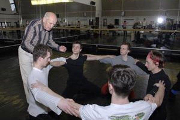 Pre košický balet vytvoril choreografiu pre prvé (folklórne) dejstvo baletu Giselle.