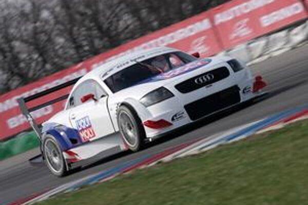 Audi TT DTM. Za volant tohto auta si v nedeľu sadne Igor Drotár.