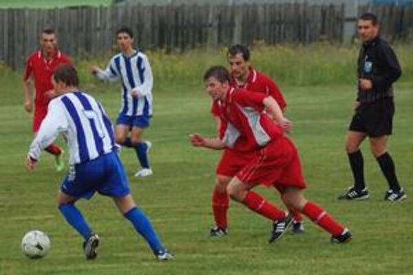 """Derby dvoch """"H"""". Spišské derby Harichoviec a Hrabušíc lepšie zvládli domáci, ktorým pomohli dva rýchle góly z úvodu zápasu."""