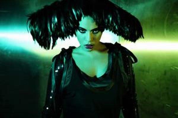 Tinin tretí album Veci sa menia vyšiel 1. júna.