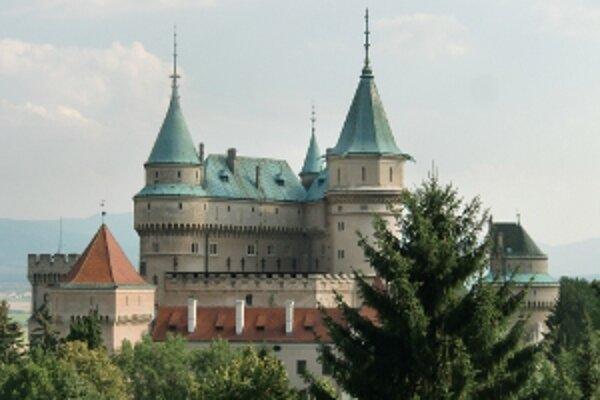 V bojnickom zámku je ročne asi 90 sobášov.