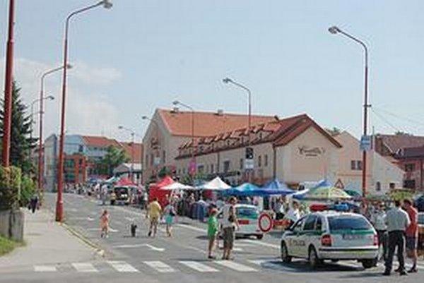 Elektrárenská ulica. Aj tá bude kvôli trhom uzavretá.