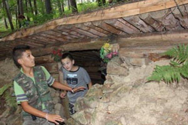 Bunker nad Malinovou si boli pozrieť aj Dávid a Martin.