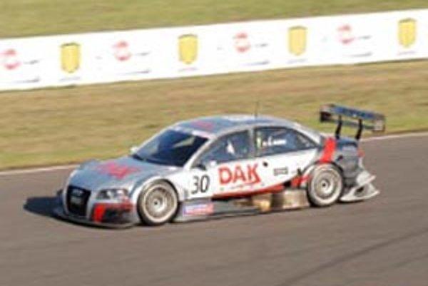 "Audi A4 DTM, ""kapotovaná formula"" Tonyho Kiabu."