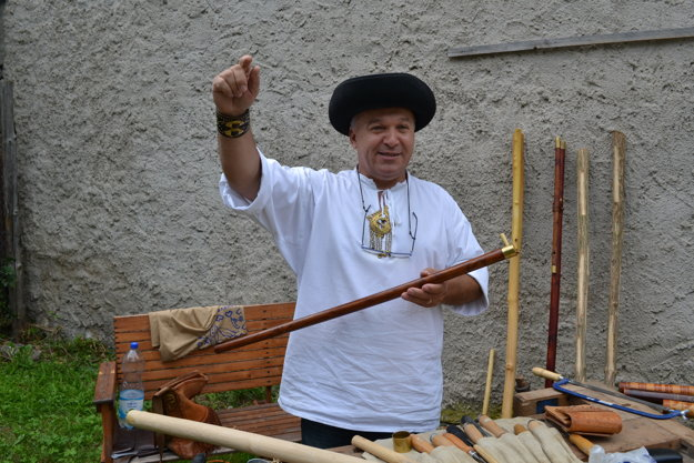 Fujarista Michal Filo.