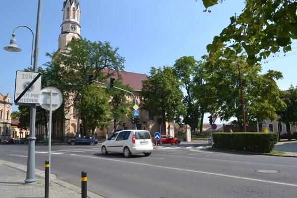 Oprava svetelnej signalizácie by stála 25-tisíc eur.