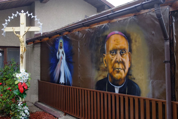 Maľba neďaleko kostola.