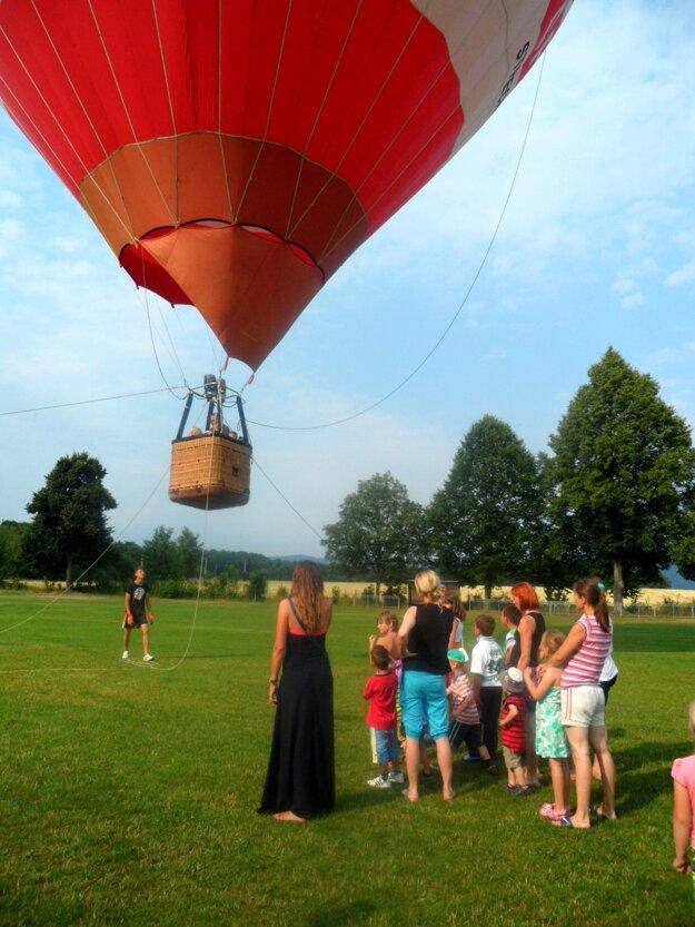 Balón vzlietol až v strede týždňa, a to hneď štyridsaťkrát.