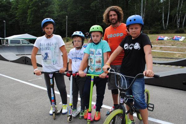 Filip Polc s malými účastníkmi.
