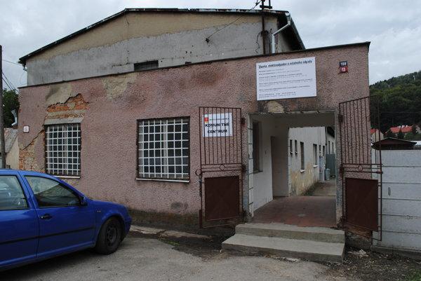 Komunitné centrum na Zámočníckej ulici. Samospráva ho chce rekonštruovať.