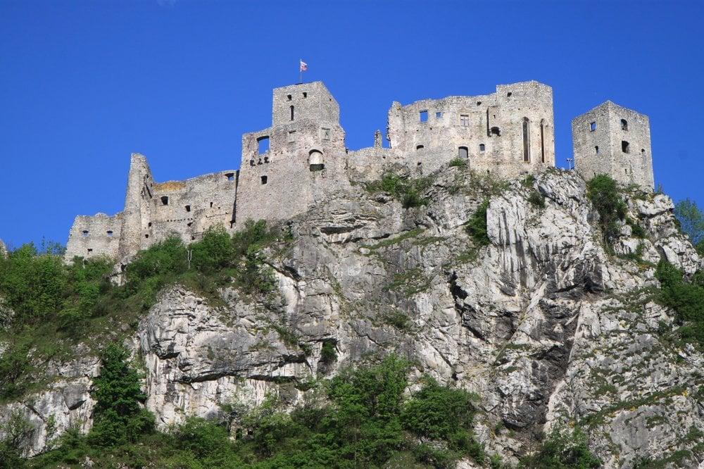 Hrad bol počas tureckých nájazdov najbezpečnejšou pevnosťou.
