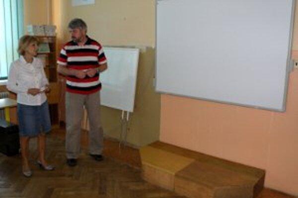 Juraj Pasovský (na snímke), hovorí, že učiteľom a žiakom budú interaktívne tabbule vždy k dispozícii.