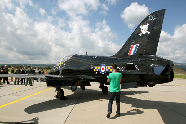 BAE Hawk na sliačskom letisku.