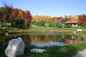 Ambrózyho vždyzelený park bol známy v Európe, ale aj v zámorí.