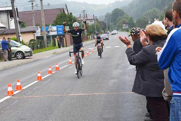 Tomáš Hrebeňár lepšie zvládol finiš.
