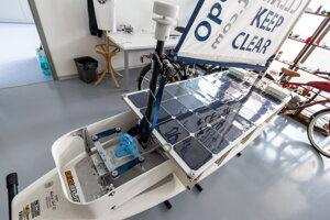 Prvá slovenská robotická plachetnica.