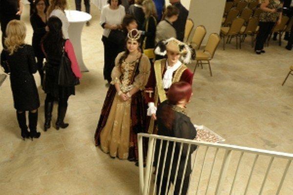 Mária Terézia a František Štefan Lotrinský privítali hostí na svojom panstve.