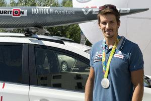 """Matej Beňuš sa v posledných dňoch vôbec nezastaví. So smiechom priznáva:""""Je to moja chyba. Nemal som doniesť medailu."""""""