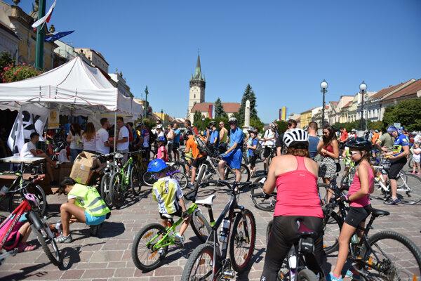 Mesto zaplnili cez víkend cyklisti.