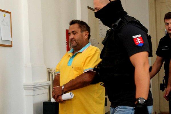 Miroslava Ž. vraj zastrelený podnikateľ pripravil o penzión aj o dom.