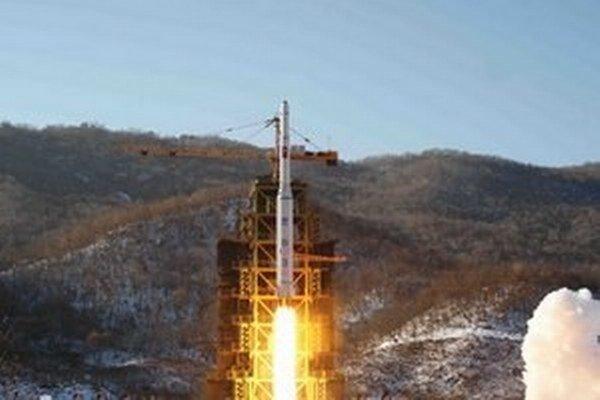 Irán popiera akékoľvek obvinenia o vývoji jadrových zbraní.