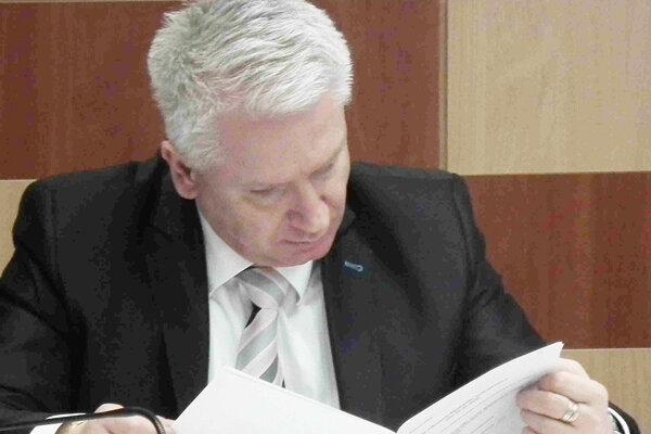 Marián Michalec už nie je prednostom dubnickej radnice.