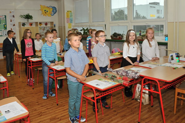 Do štyroch základných škôl v zriaďovateľskej pôsobnosti bratislavskej mestskej časti Dúbravka nastúpilo 297 prváčikov. ILUTRAČNÉ FOTO