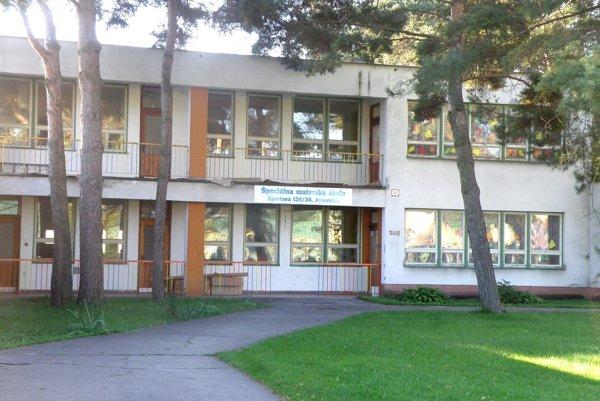 Špeciálnu škôlku otvorili v Prievidzi na Športovej ulici.