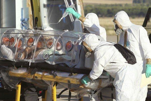 Svetová zdravotnícka organizácia (WHO) vážne zlyhala pri boji s epidémiou eboly v západnej Afrike.