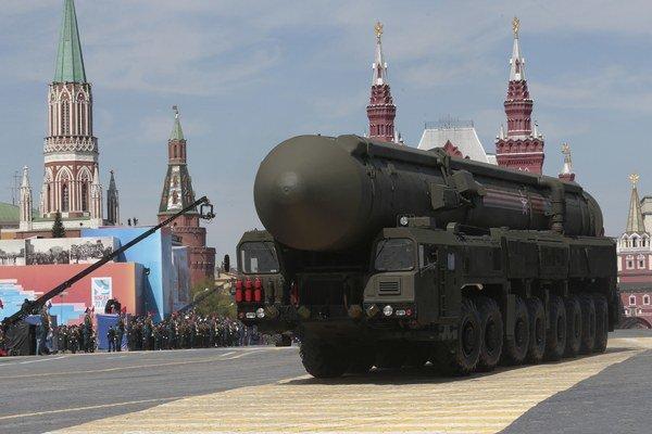 Rusko predviedlo svoju vojenskú techniku.