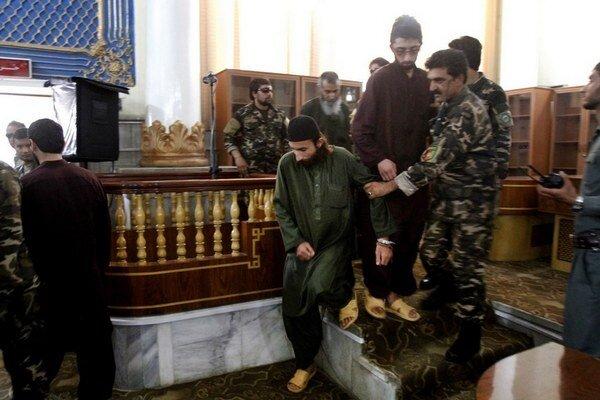 Jeden z obvinených Afgancov, ktorý sa mal podieľať na lynčovaní.