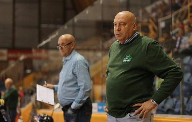 Trénera Chudého (vpravo) mrzí slabá strelecká efektivita jeho hráčov