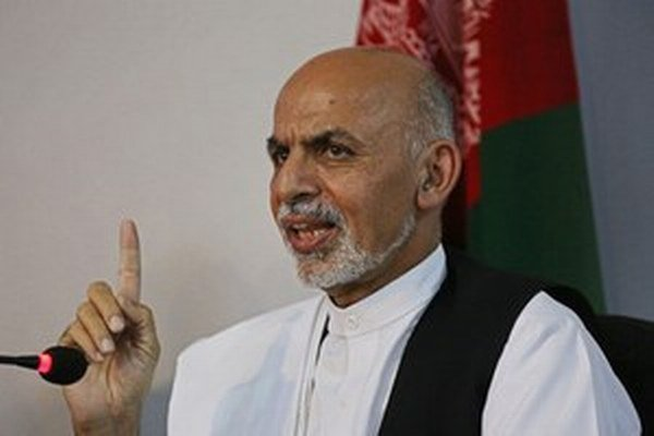 Afganský prezident Ašraf Ghaní vyhlásil, že krajina má k mieru najbližšie od invázie amerických vojsk v roku 2001.
