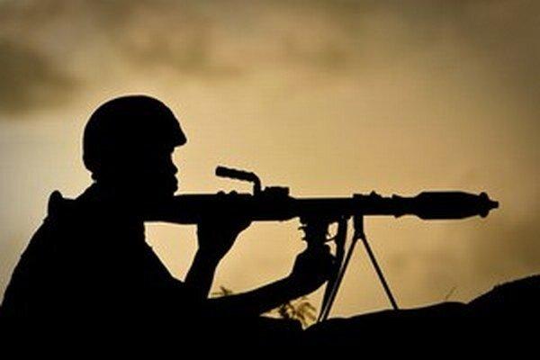 Správa OSN o tejto kauze uvádza, že do zneužívania asi desiatich malých chlapcov bolo zapojených 14 vojakov.
