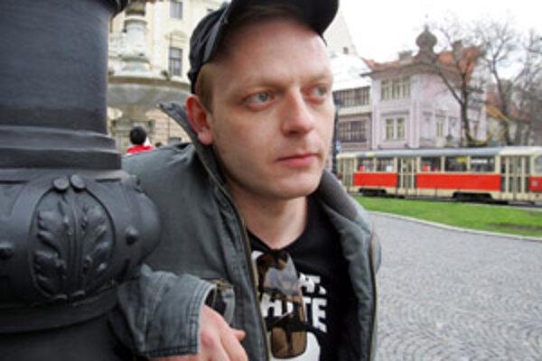 Herec Ľuboš Kostelný hrá v novom filme Lóve, ktorý bojnické kino Tatra uvedie v nedeľu o 18.30 h.