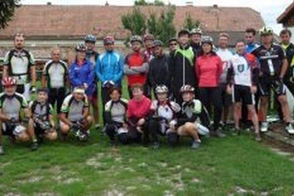 Zúčastnení cyklisti.