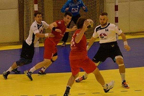 Hádzanári Topoľčian vyhrali doma o dva góly.
