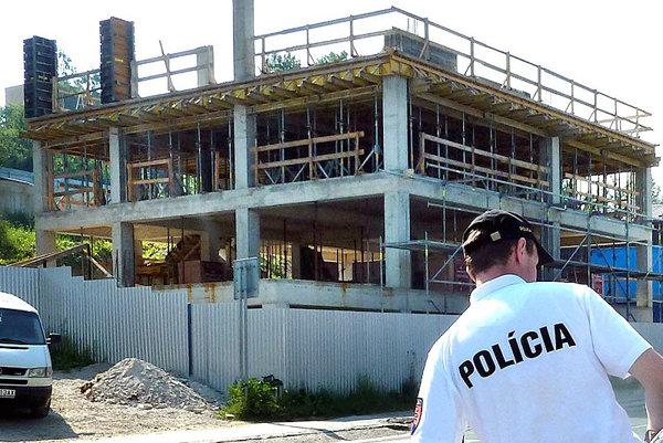 Ak chcete stavať, potrebujete povolenie stavebného úradu.