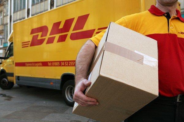 Bývalý poštový monopol chce v oblasti balíkových služieb vytvoriť 10-tisíc nových pracovných miest, uchádzači však budú musieť rátať s nižšími platmi, ako majú terajší zamestnanci.